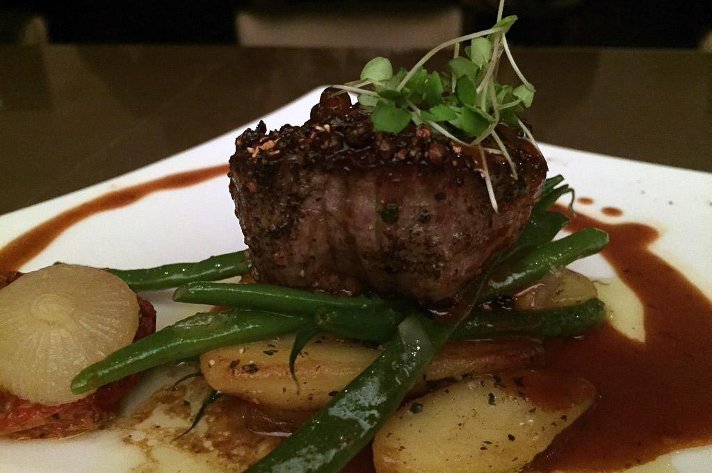 19 Artisans Restaurant Good Eats Local Mike Puckett DDM 2015