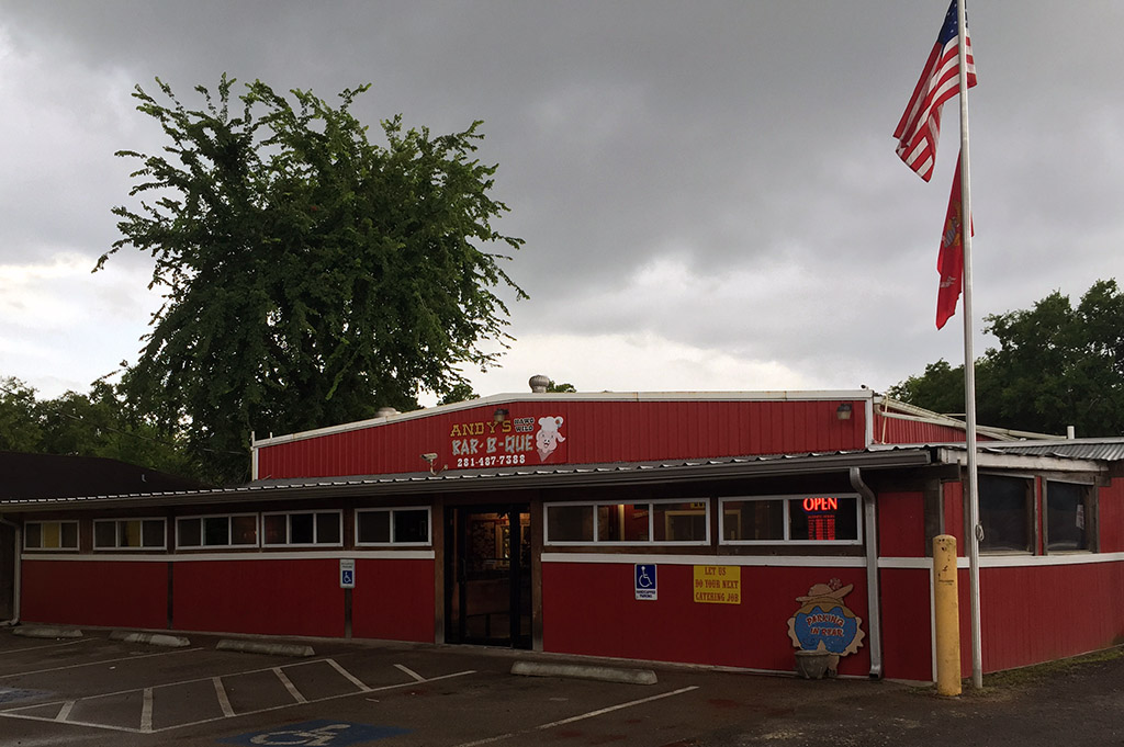 Andys Hawg Wild Bar-B-Que Good Eats Houston-Local-Travel-Guide-Mike-Puckett-DDM