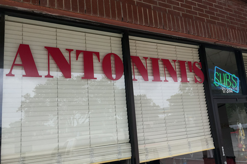 Antonini's Subs & Steaks Good Eats Houston-Local-Travel-Guide-Mike-Puckett-DDM