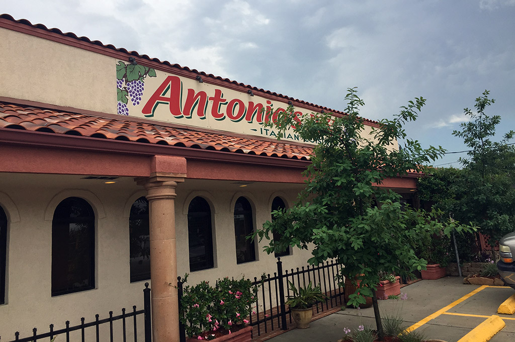 Antonio's Italian Grill & Seafood Good Eats Houston-Local-Travel-Guide-Mike-Puckett-DDM