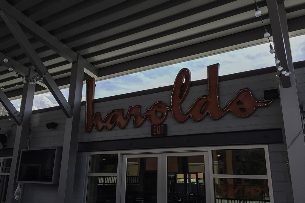 Harolds in The Heights Good Eats Local Mike Puckett DDM 10