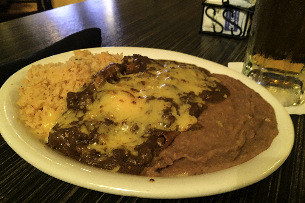 Molinas Good Eats Local Mike Puckett DDM 15