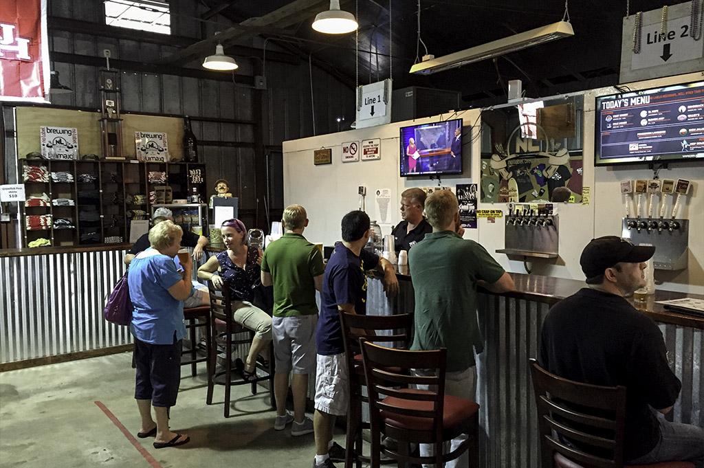 No Label Brewing Company Good Eats Local Mike Puckett DDM
