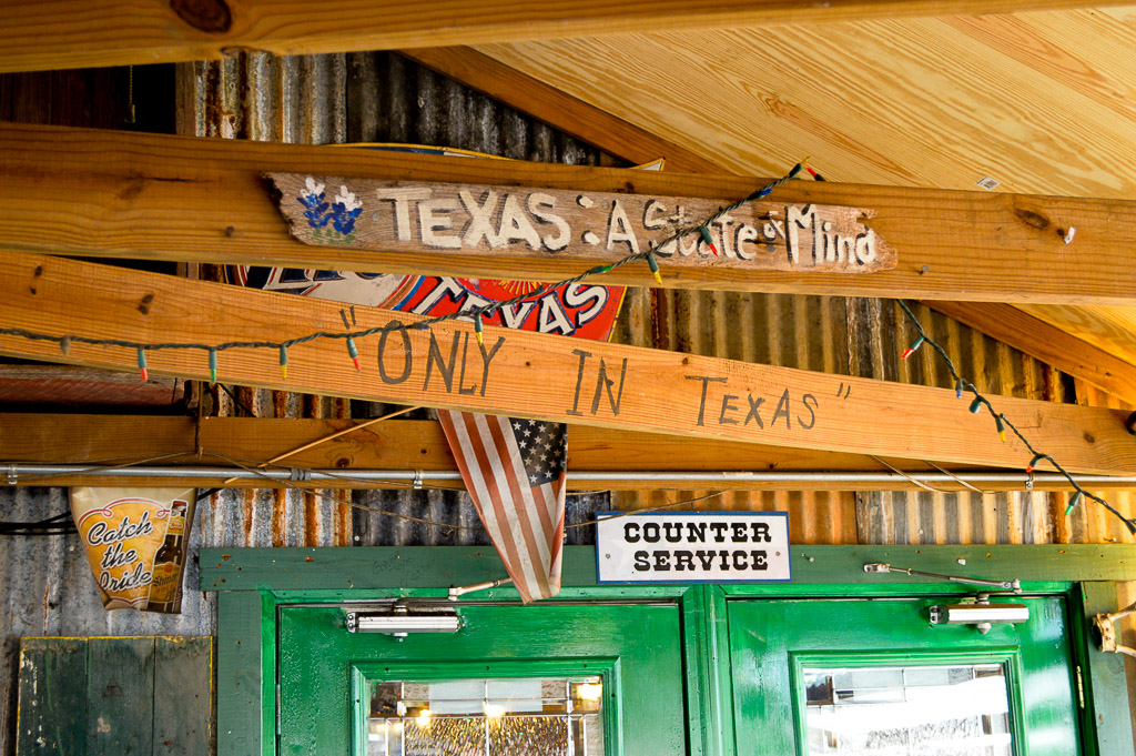 Tin Roof BBQ Good Eats Local Mike Puckett DDM