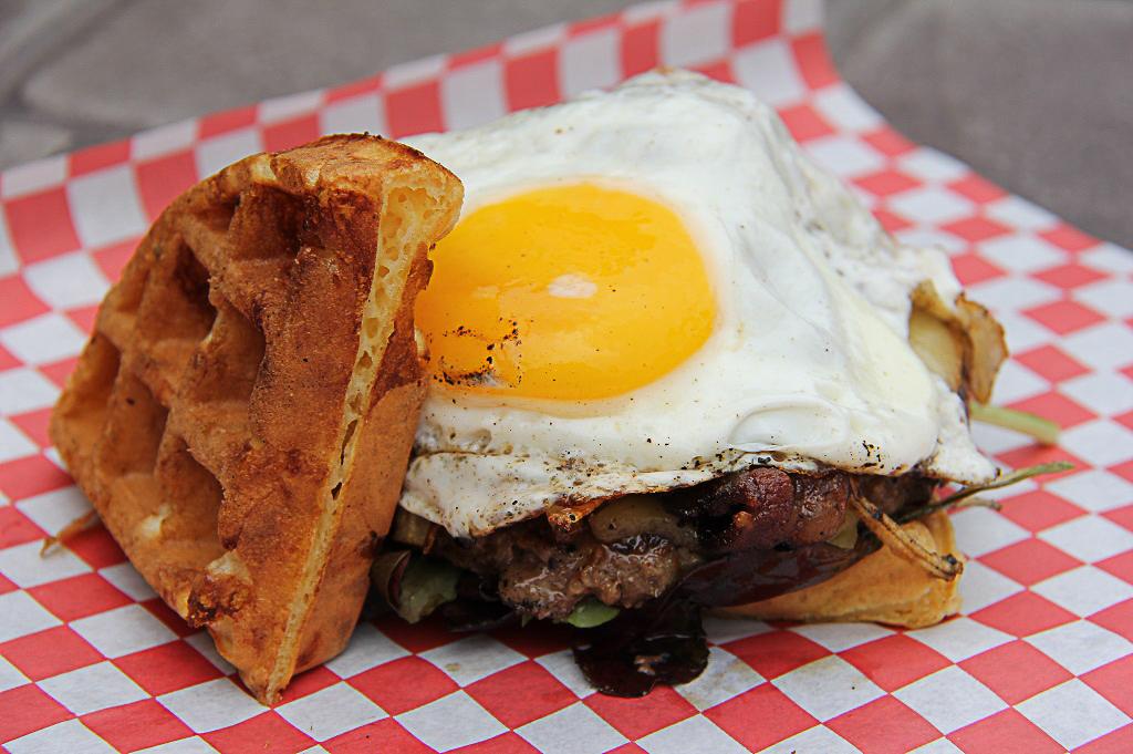 Craft Burger Food Truck Good Eats Houston Kerin Mayne Photography 1024 (4 of 10)