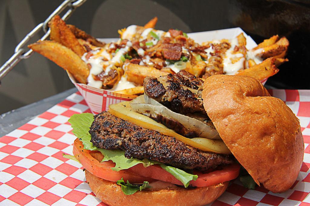 Craft Burger Food Truck Good Eats Houston Kerin Mayne Photography 1024 (7 of 10)