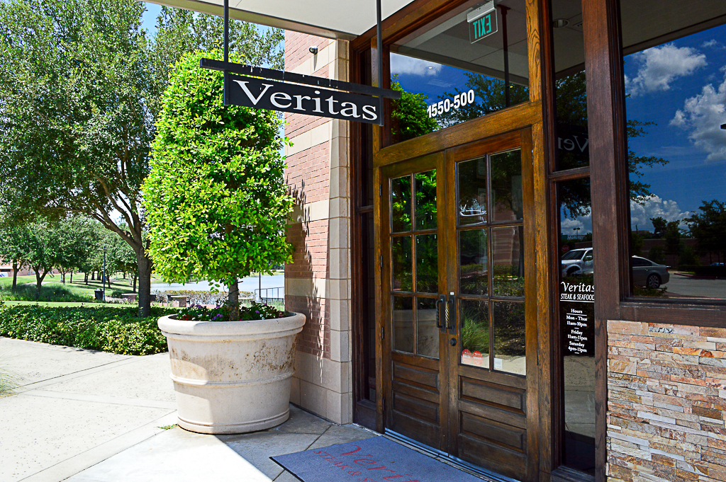 Veritas Steak and Seafood Good Eats Houston Mike Puckett SW (10 of 89)