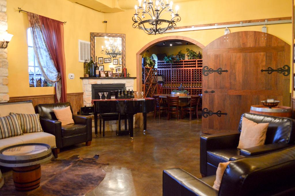 Clear Creek Winery Good Eats Kemah Texas Mike Puckett SW (35 of 40)