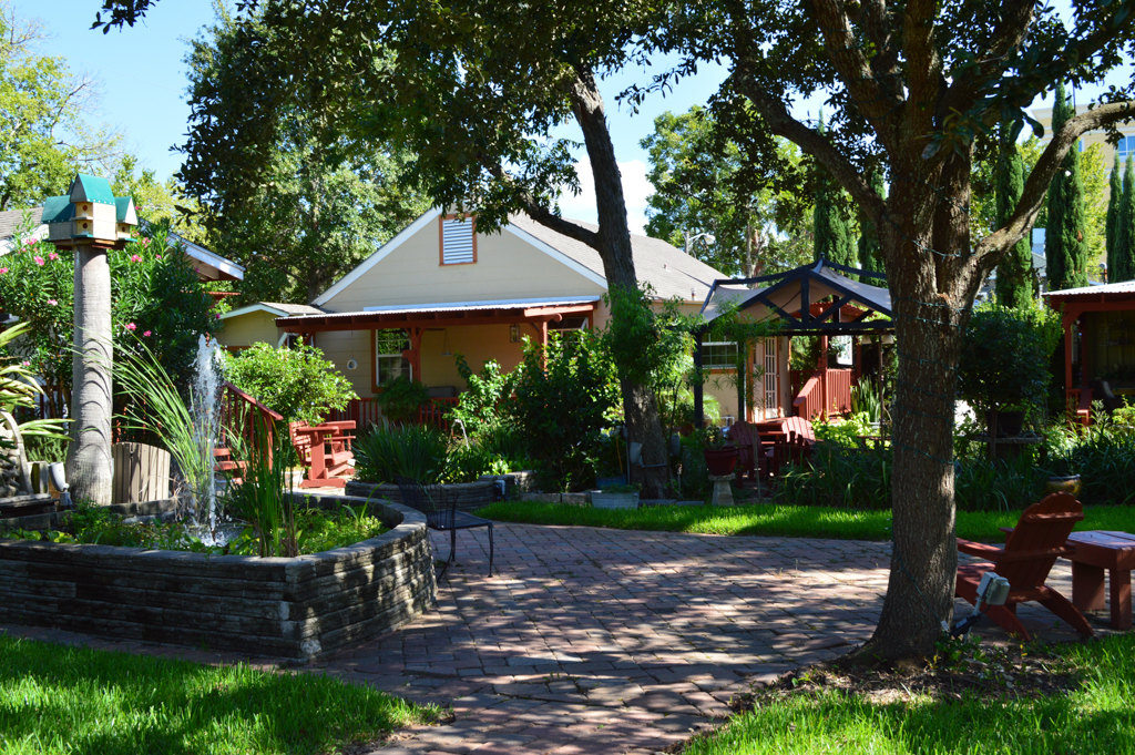 Clipper House Inn Good Eats Kemah Texas Mike Puckett GEHW (23 of 24)