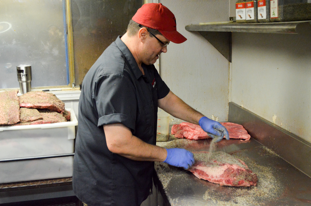 Witts Pit BBQ Good Eats Houston Texas Mike Puckett (10 of 24)