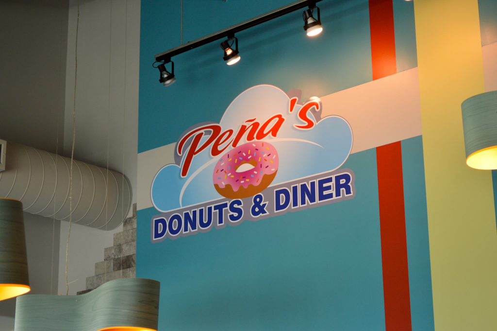 Penas Donut and Diner Good Eats Houston Mike Puckett Photography GW-19