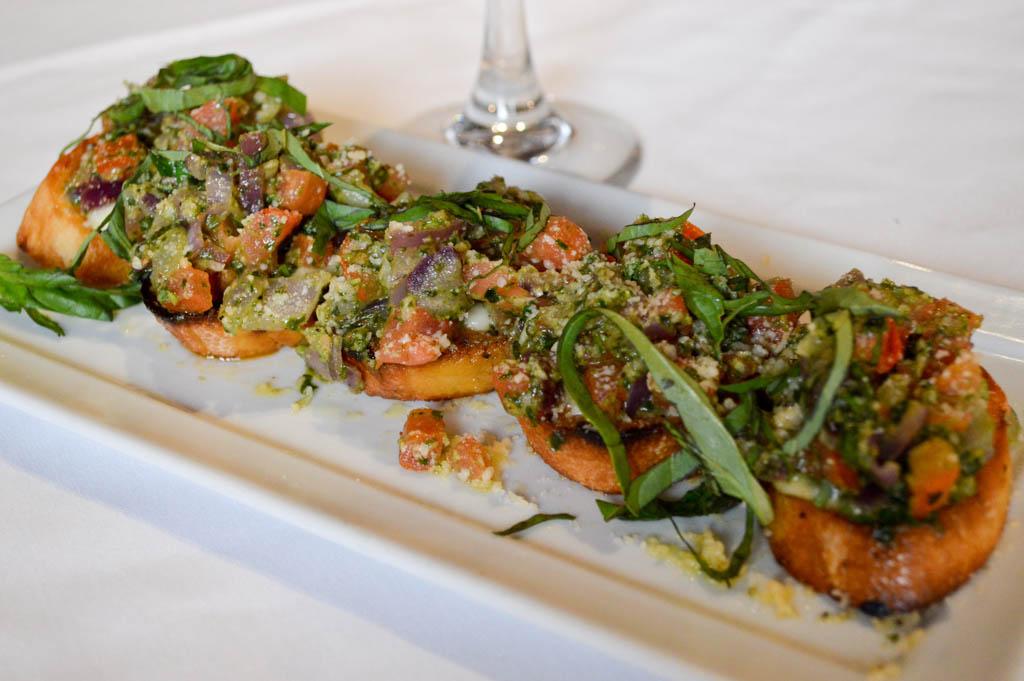 Lamontes Italian Restaurant Good Eats Houston Texas Mike Puckett Photography GW (10 of 45)