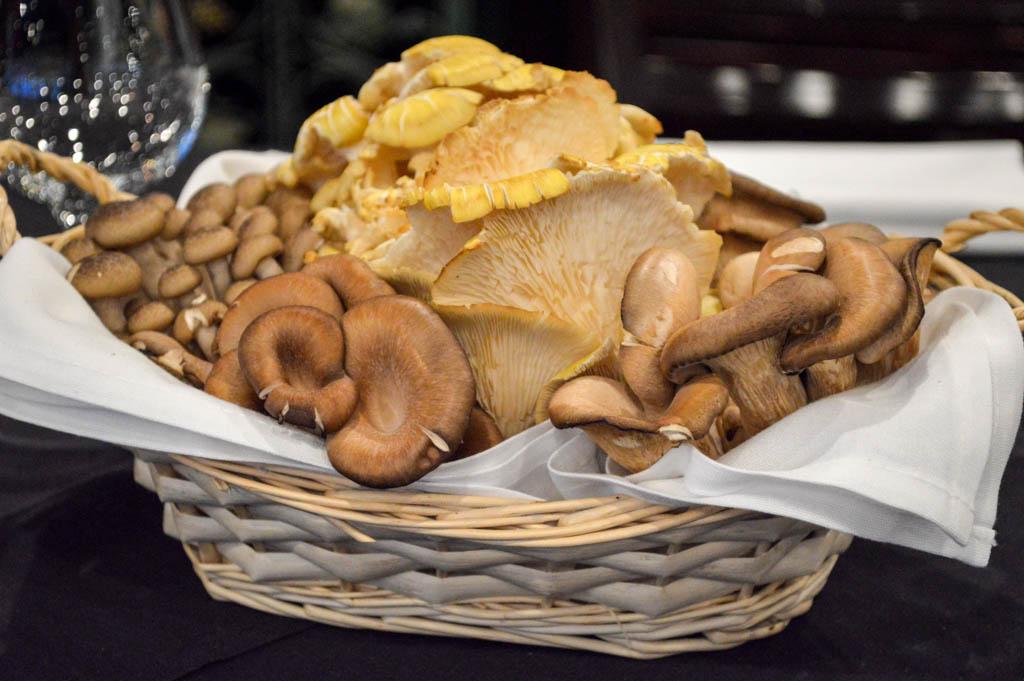 Charivari Restaurant Good Eats Houston Texas Local Mike Puckett G WEB (2 of 50)