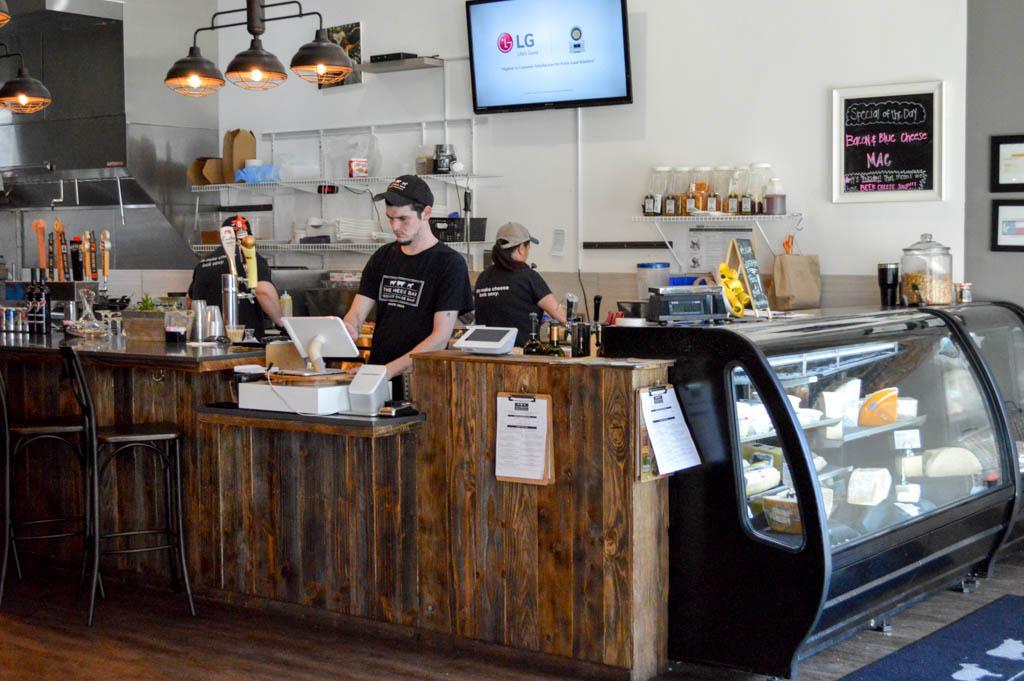 The Cheese Bar Good Eats Houston Texas Local Mike Puckett GW-3