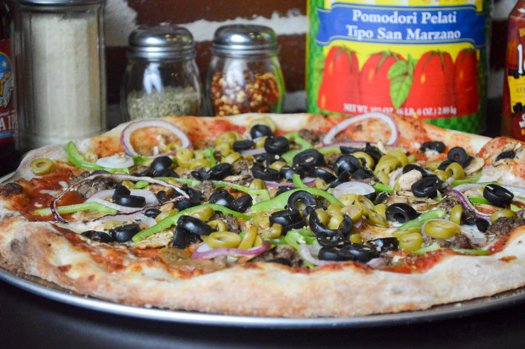 Big Paulies Pizzeria Feature Eats Local Mike Puckett W (384 of 414)