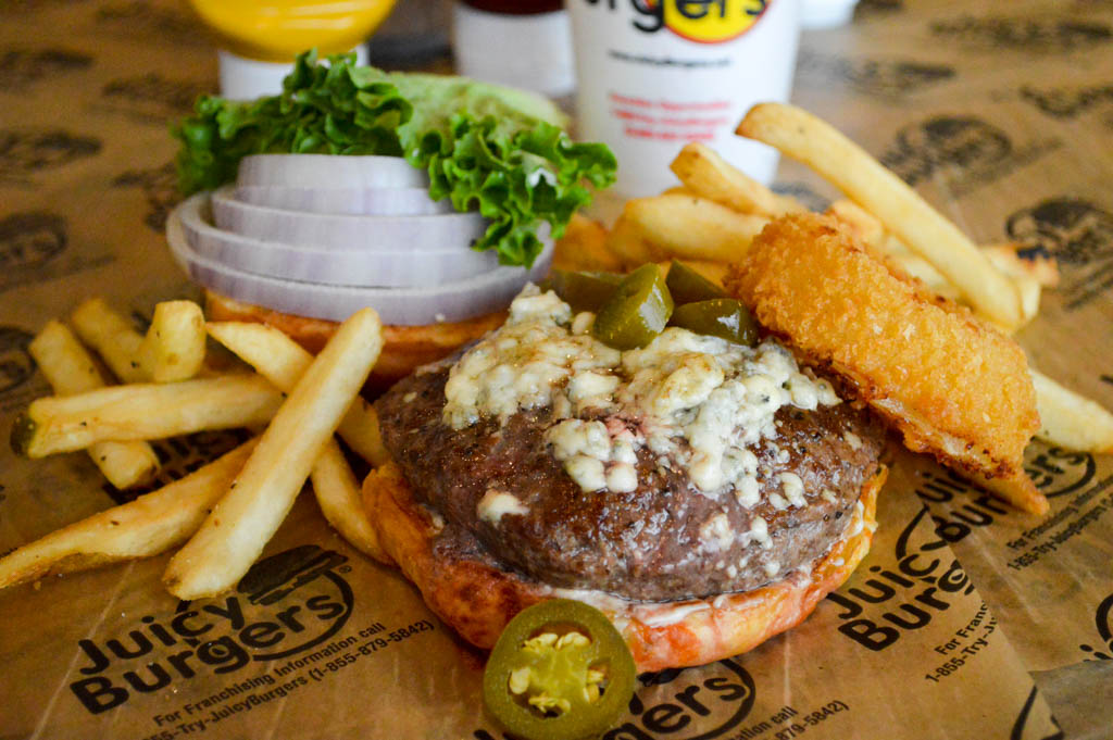 Juicy Burgers Good Eats Local W (221 of 341)