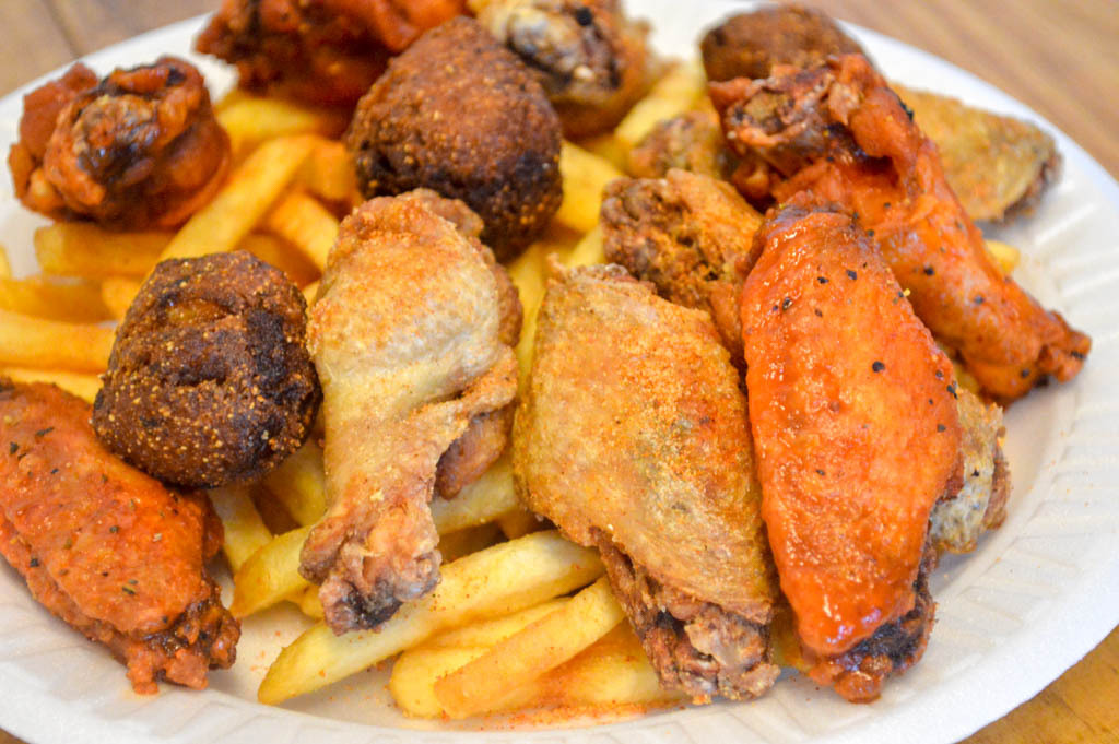 Dans Seafood and Wings Good Eats Local Mike Puckett Photography W-116
