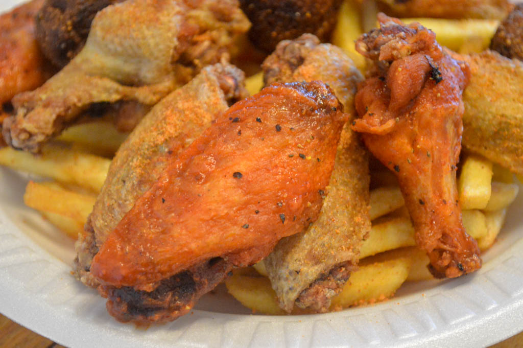 Dans Seafood and Wings Good Eats Local Mike Puckett Photography W-119